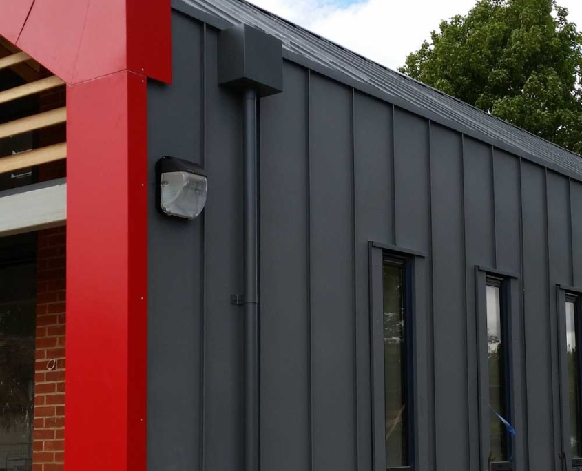 Euroclad Vieo Roofing red